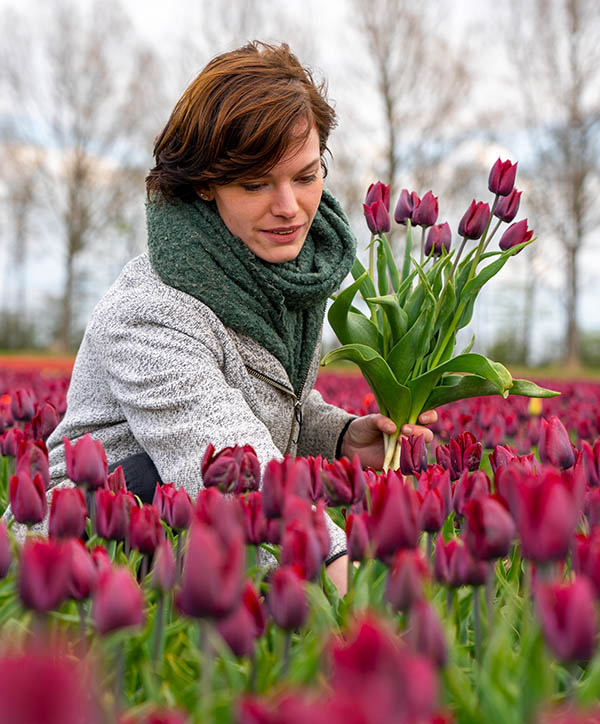 Nicole The Flowerist